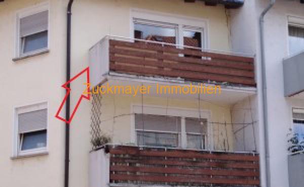 Straenansicht-Balkon-klein